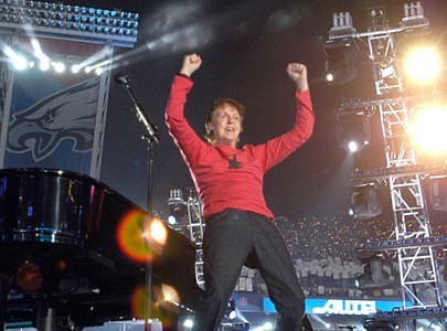 http://www.classicpopicons.com/images/paul_mccartney_super_bowl.jpg