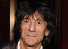 Ronnie Wood hints at Rolling Stones reunion